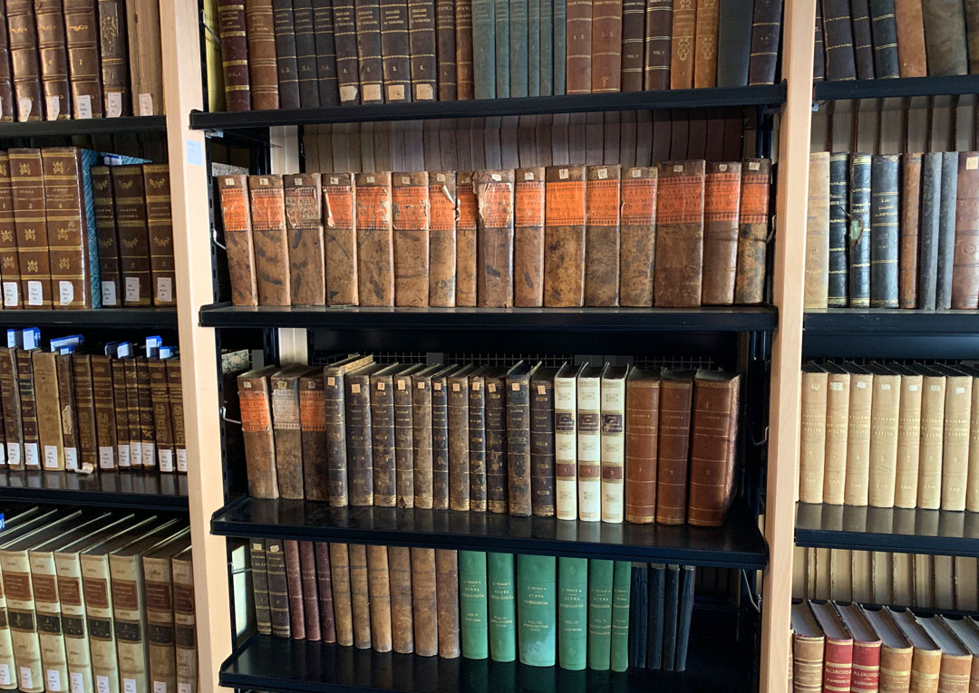 Biblioteca IEM